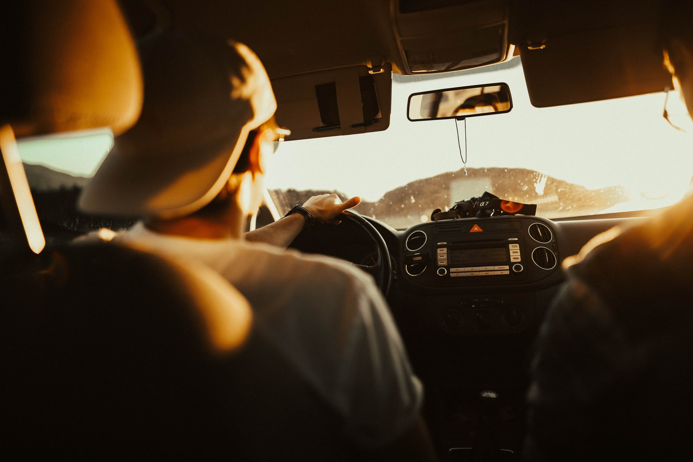 Dreng køre bil